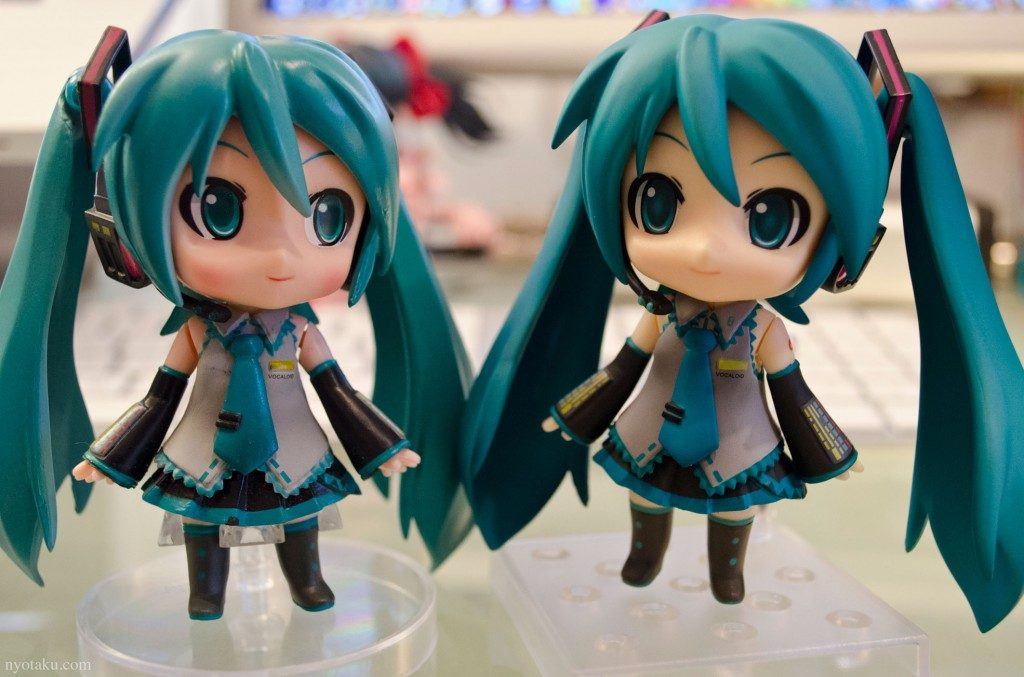 Fake-and-Real-nendoroid-1024x677