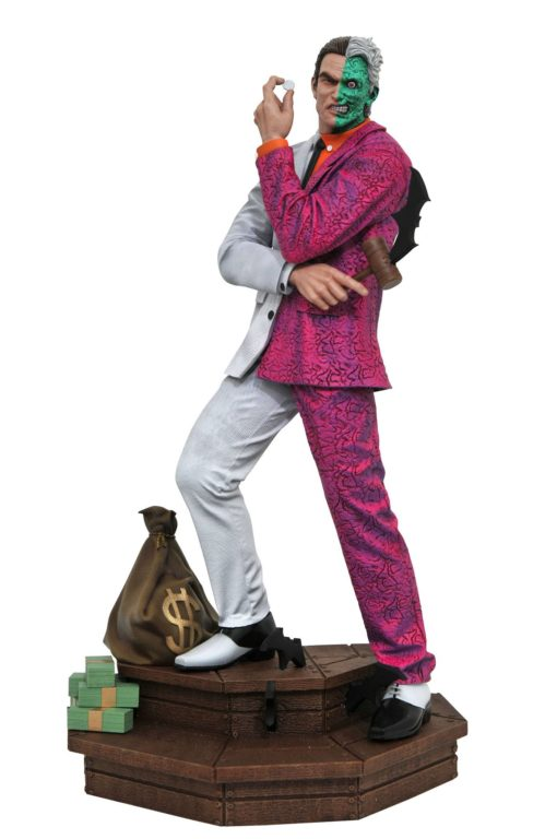 DC Comic Gallery PVC Statue Two-Face 30 cm