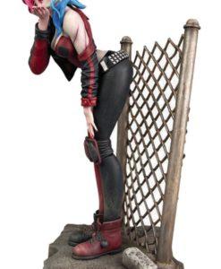 DC Comic Gallery PVC Statue DCeased Harley Quinn 20 cm