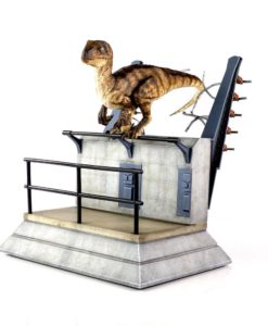Jurassic Park Statue Breakout Raptor 30 cm